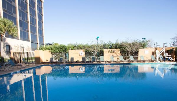 best-western-orlando-gateway-hotel-pool2