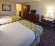 rosen_inn_international_double-bedroom2