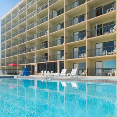 Atlantic-Cove-Daytona-Ormond-Beach-Florida-pool