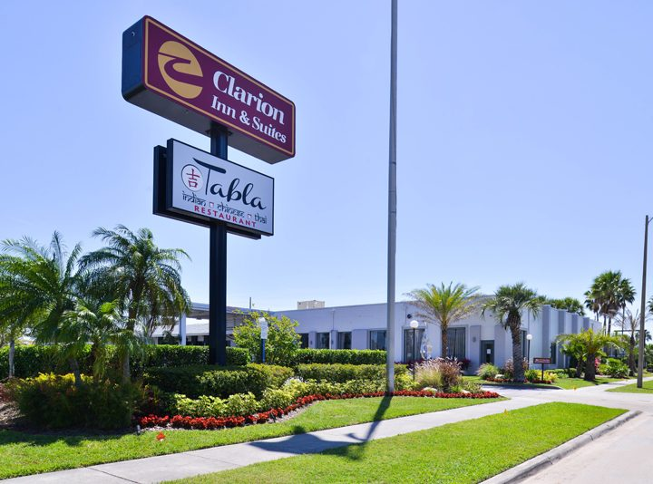 Clarion-Inn-and-Suites-Orlando-Florida-exterior