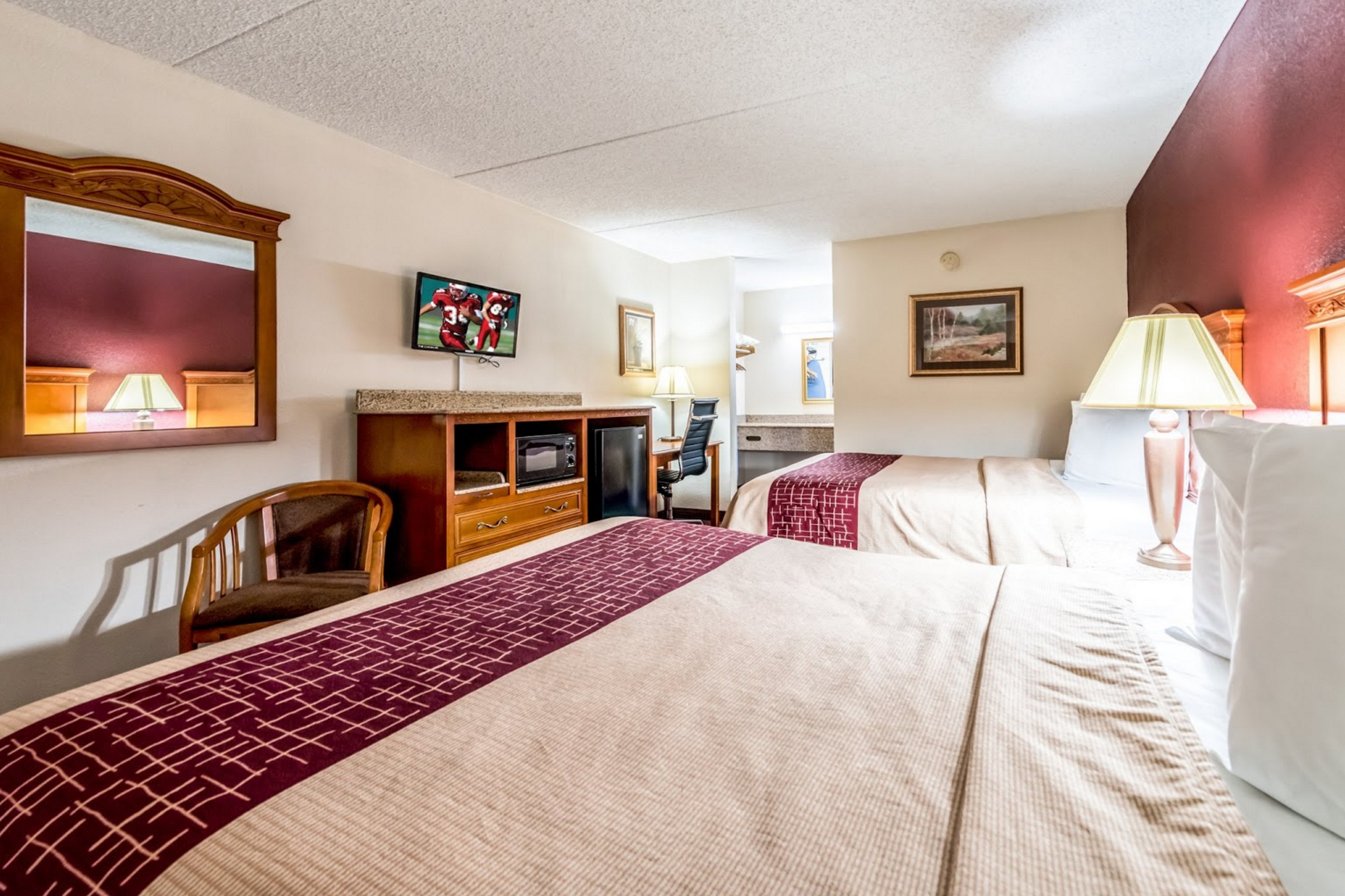 Red Roof Inn U0026 Suites Pigeon Featured. Bve Pigeon Forge  Tennessee The Island Great Smokey