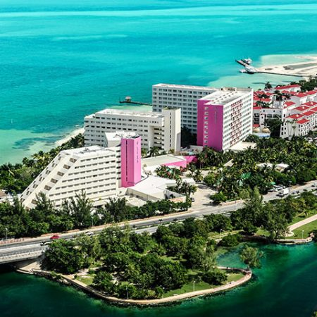 bve-cancun-oasis-palm-exterior